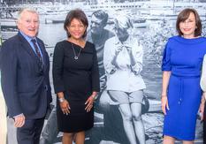 Ambassade Monaco Princesse Grâce - De gauche à droite : L'Hon. John Lehman, Président de la Fondation Princesse Grace – USA ; Mme DeDe Lea, Chef des Relations globales gouvernementales de Viacom et S.E. Mme Maguy Maccario Doyle, Ambassadeur de Monaco aux Etats-Unis ©