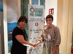 Monaco participe au Pré-Sommet  des Nations Unies sur les systèmes alimentaires - Légende photo : Mme Isabelle Rosabrunetto, Directeur général du Département des Relations Extérieures et de la Coopération et Mme Carmen Burbano, Directeur de la Division en charge des repas scolaires du Programme alimentaire mondial (P.A.M.)