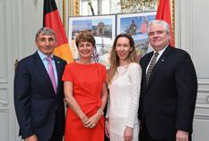 Réception annuelle Allemagne - De gauche à droite : M. Bernard Amadeï, S.E. Mme Isabelle Berro-Amadeï, Mme Anne Fantini, Conseiller à l'Ambassade de Monaco à Berlin et M. Lorenzo Ravano, Premier Conseiller à l'Ambassade de Monaco à Berlin. ©DR