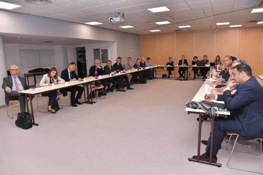 24e6d3d537a ... tenu une réunion d information avec les partenaires sociaux suite aux  modifications du droit du travail français impulsé par les « Ordonnances  Macron »